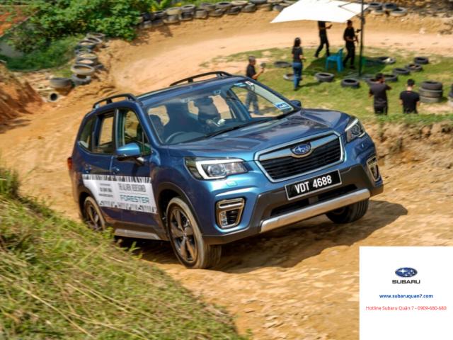 Subaru Forester 2020 giá